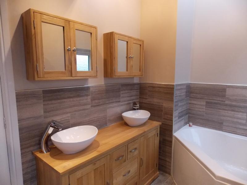 Bathroom thirsk 2 for Bathroom cabinets yorkshire